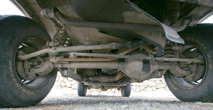 Hệ thống treo cầu dẫn động